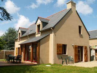 Nice House with Internet Access and Television - Cancale vacation rentals