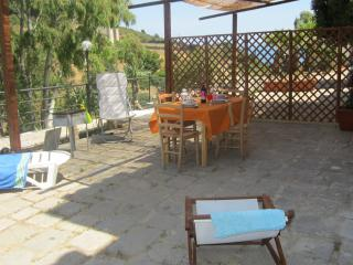 Almond House to explore Sicily - Cefalu vacation rentals