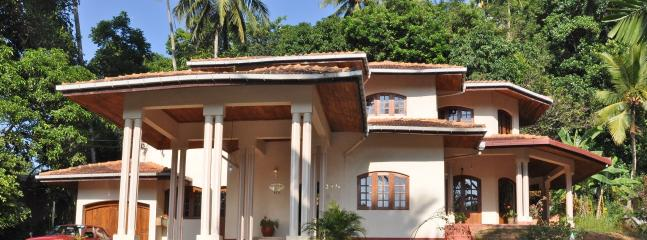 Perfect 4 bedroom B&B in Kandy with Internet Access - Kandy vacation rentals