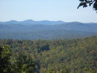 Welcome to BlueJay Lodge - Chatsworth vacation rentals