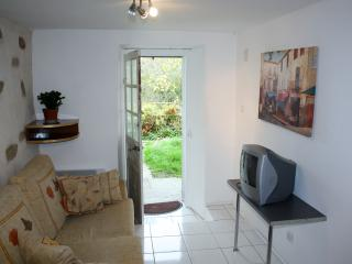 Nice 1 bedroom Chateauponsac Gite with Internet Access - Chateauponsac vacation rentals