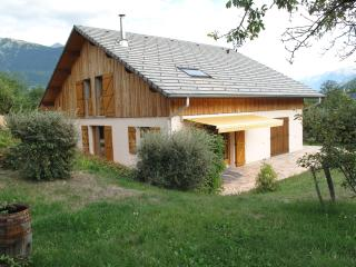 Adorable 4 bedroom House in Saint-Jean-de-Maurienne with Internet Access - Saint-Jean-de-Maurienne vacation rentals