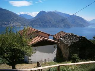 2 bedroom Cottage with Stove in Menaggio - Menaggio vacation rentals