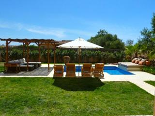 Villa With Private Pool, Few Minutes To The Beach, Quiet Residential Area - Balearic Islands vacation rentals