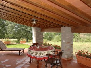 Nice Bungalow with Dishwasher and Garden - Gavorrano vacation rentals