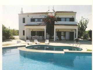 Villa with private pool - Quinta do Lago vacation rentals