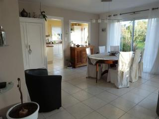 Maison Sud Morbihan- petite mer de Gavres - Locmiquelic vacation rentals