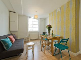 KINGS CROSS HOUSE D - London vacation rentals