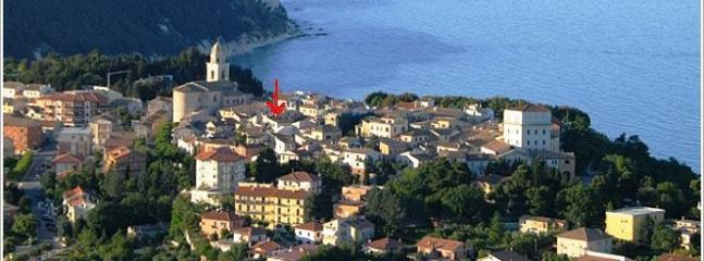 Cozy 2 bedroom Sirolo Apartment with Dishwasher - Sirolo vacation rentals