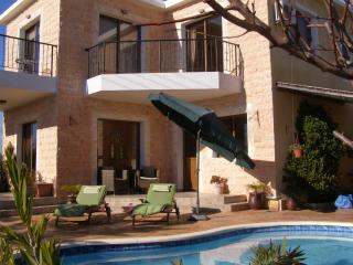 Nice Villa with Internet Access and A/C - Inia vacation rentals