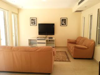 Cottage by the Sea Netanya -4 Bdrms-Kosher Kitchen - Netanya vacation rentals