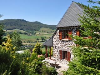 Farmhouse - Le Claux vacation rentals