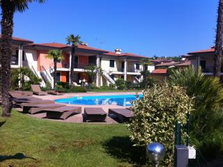 POOL , GOLF & GARDEN HOUSE GARDA LAKE - Polpenazze del Garda vacation rentals
