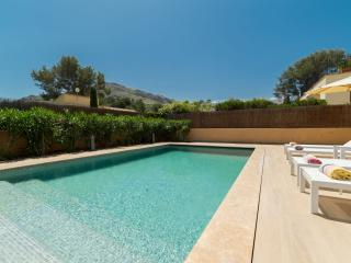 Spacious Villa with Internet Access and Dishwasher - Cala San Vincente vacation rentals