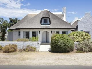 4 bedroom House with Internet Access in Kommetjie - Kommetjie vacation rentals