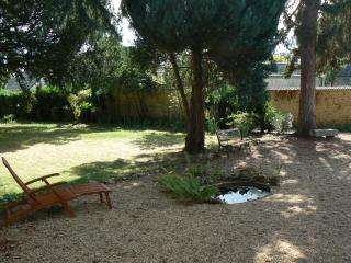 Nice 2 bedroom House in La Chartre Sur Le Loir - La Chartre Sur Le Loir vacation rentals