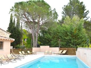 Beautiful apartment in Saint Rémy de Provence (6) - Saint-Remy-de-Provence vacation rentals