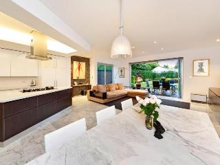 Amazing House Near The Beach - Coogee vacation rentals