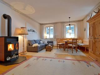 Haus Haggenmüller, Romantic Apartment - Hopfgarten vacation rentals