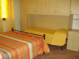 Bright 4 bedroom House in Montopoli in Val d'Arno - Montopoli in Val d'Arno vacation rentals