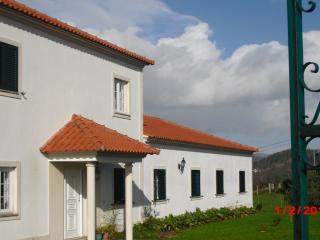 Beautiful Villa with Game Room and Balcony - Paredes de Coura vacation rentals