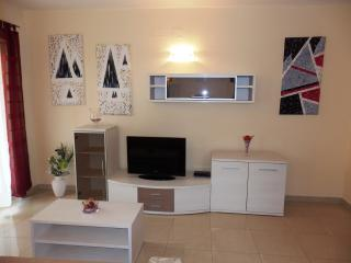 "Quality Apartment in Medulin - ""LEVANTE"" 4+2 - Medulin vacation rentals"
