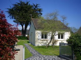 2 bedroom Cottage with Internet Access in Barneville-Carteret - Barneville-Carteret vacation rentals