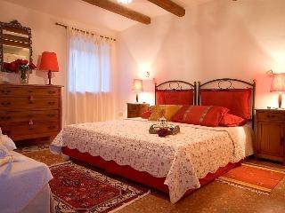 BLUE HOUSE  / CASA BLU - Pretty Holiday Home - Bagnoregio vacation rentals