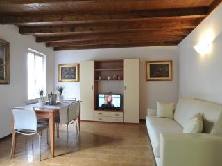 HEART of Bellagio - Three Smart Apartments - Bellagio vacation rentals