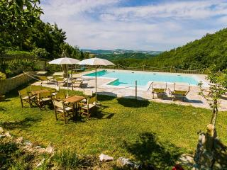 La Celletta C.House Lavanda - Urbino vacation rentals