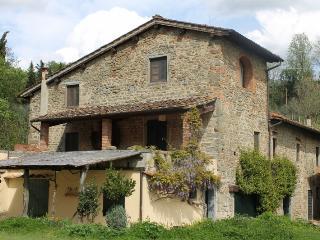 Molino Le Gualchiere - Apt. Padronale 3 camere - Loro Ciuffenna vacation rentals