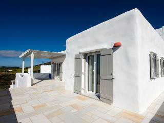 Sunbathed 1 bedroom Island Residence - Antiparos vacation rentals