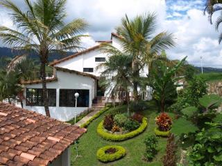 """CASA CAMPESTRE """"EL ANTOJO"""" SILAVANIA - COLOMBIA, - Cundinamarca Department vacation rentals"""
