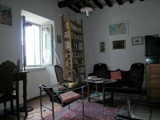 appartamento in dimora d'epoca S.Vito sul Cesano - San Lorenzo in Campo vacation rentals
