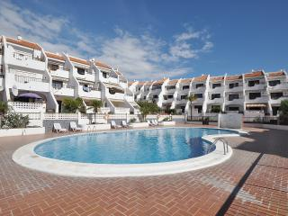 Sunny 2-Bedrooms apartment - Costa del Silencio vacation rentals