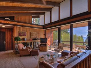 Lake Tahoe Mountain Escape with Hot Tub and Pool Table ~ RA3447 - Incline Village vacation rentals