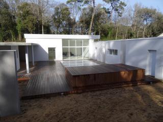 Bright 4 bedroom Villa in Longeville-sur-mer - Longeville-sur-mer vacation rentals