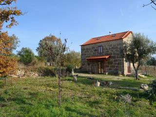 2 bedroom House with Central Heating in Serra da Estrela - Serra da Estrela vacation rentals
