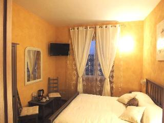 Nice B&B with Internet Access and Short Breaks Allowed - Rome vacation rentals