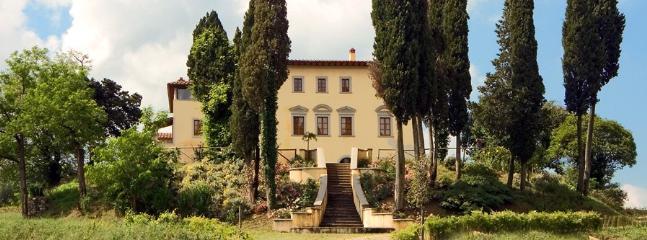 13 bedroom Villa in Arezzo, Arezzo Area, Tuscany, Italy : ref 2230495 - Image 1 - Arezzo - rentals