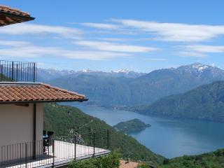 Ferienwohnung Loft am Comer See - Pigra vacation rentals