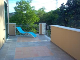 2 bedroom Apartment with Balcony in Arcola - Arcola vacation rentals