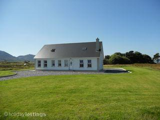 Beautiful 5 bedroom Clonmany House with Television - Clonmany vacation rentals