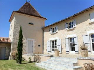 Chez Grelon, Longeveau - Pillac vacation rentals