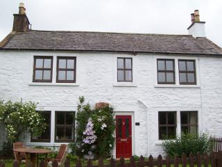 2 bedroom Farmhouse Barn with Internet Access in Dumfries - Dumfries vacation rentals