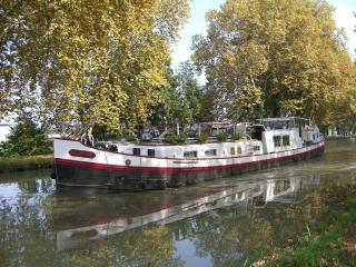 Canal and River cruise with 'easyvie' in France, Holland and Germany. - Montauban vacation rentals