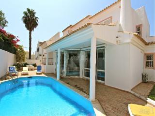 Villa Chelsea - Vilamoura vacation rentals