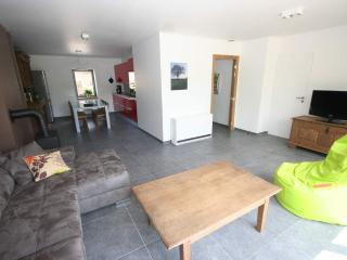 Cozy 2 bedroom Arlon Guest house with Internet Access - Arlon vacation rentals