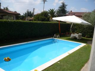 Perfect B&B with Internet Access and Grill - Anguillara Sabazia vacation rentals