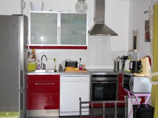 Bright 2 bedroom Apartment in Marseillan with Internet Access - Marseillan vacation rentals